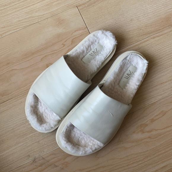 Zara low heel leather sandals